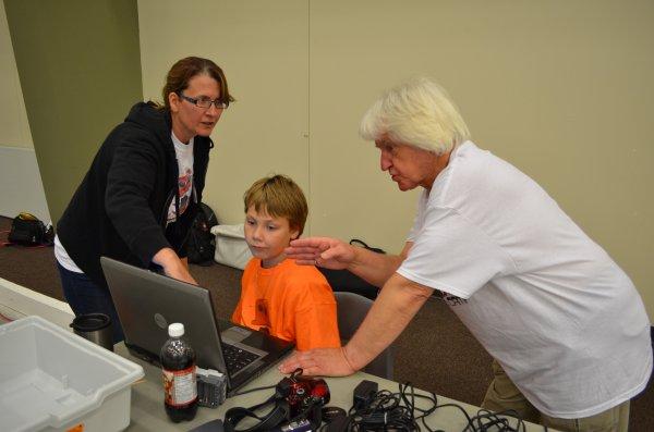 Athabasca Robotics Camp 2013 --1